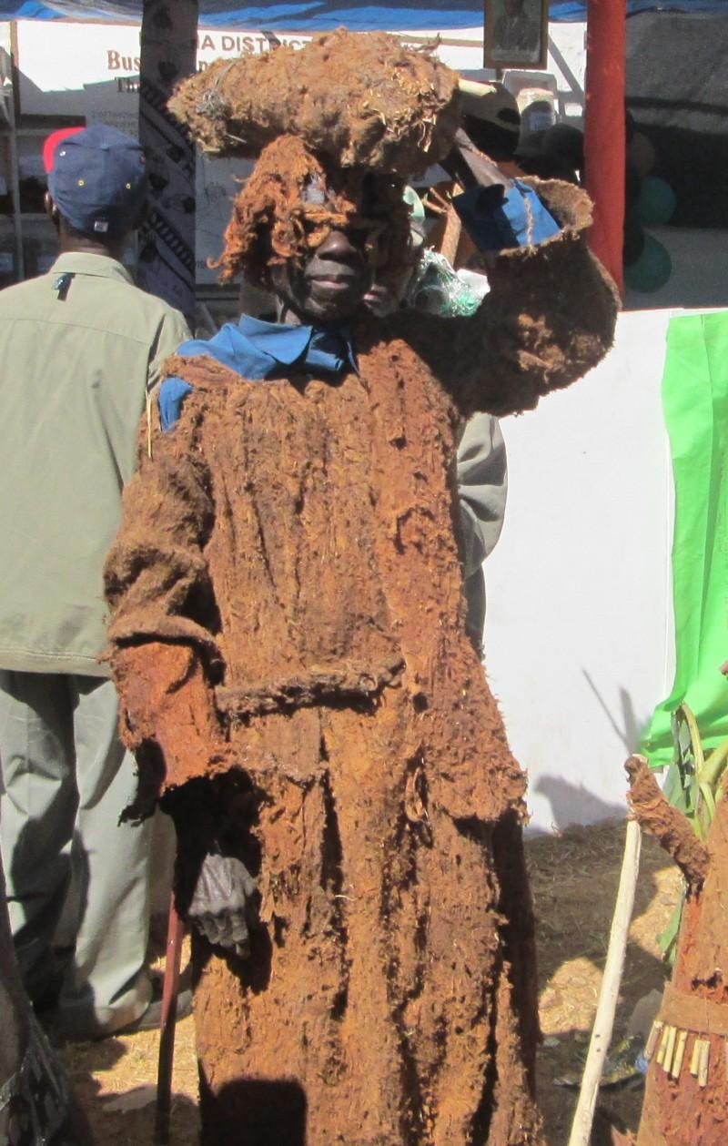 J Mukopa fine bark-cloth